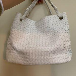 Bottega veneta Medium Intrecciato Shoulder Bag
